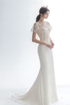 15 Timessly Elegant Wedding Dresses That Will Never Go Out of Style! # elegant Weddings 15 Timessly Elegant Wedding Dresses That Will Never Go Out of Style! Wedding Dress Sleeves, Elegant Wedding Dress, Bridal Wedding Dresses, Elegant Gowns, Trendy Wedding, Boho Vintage, Dresses Short, Gowns Of Elegance, Ideias Fashion