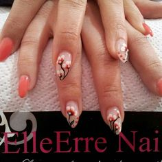 Ricostruzione unghie con gel uv e micropittura by ElleErre Nails