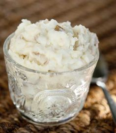 Crock Pot Garlic Mashed Potatoes