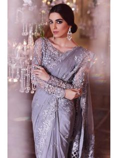 Maria B is introduced in popular and renowned fashion designers of Pakistan.Maria B was ornamented in 1999 and the owner of this label is Maria Belal. Hijab Wedding, Pakistani Wedding Outfits, Pakistani Dresses, Indian Dresses, Indian Outfits, Shadi Dresses, Eid Dresses, Maria B, Hijab Skirt