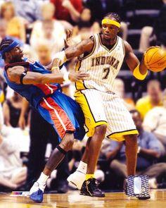 Jermaine O'neal #Pacers #NBA I Love Basketball, Basketball Skills, Jermaine O'neal, Nba Pictures, Indiana Pacers, Marathon, Legends, Classic, Sports