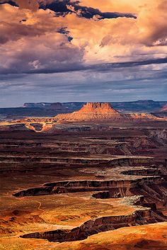 Green River Outlook, Canyonlands National Park, Moab, Utah by Gleb Tarassenko