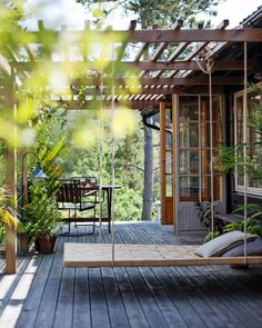 Pergola Patio, Backyard Patio, Backyard Landscaping, Outdoor Spaces, Outdoor Living, Outdoor Decor, Casas Containers, Exterior Design, Cafe Exterior