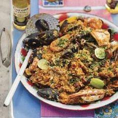 Paella Xmas Food, Portuguese Recipes, Calamari, Dessert Recipes, Desserts, Lchf, Paella, Kos, Holiday Recipes