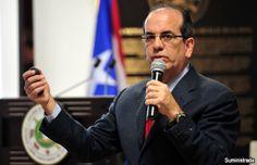 Cámara de Comercio celebra diálogo con exgobernador Aníbal Acevedo Vilá