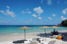. . . . . . . . . . #nanatraveller #travel #travels #traveler #traveller #travelbug #traveling #travelphoto #journey #igtravel #freetime #vacation #travelphotography #bestintravel #travelasia #weekend #holiday #vacationtime #happy #slowlife #nanatravellerinKohsamed #kohsamed #samed #rayong #Thailand #nature #beach #aocho by nanatrave11er