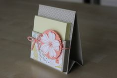 Porte post-it. Not actually a box but a cute Post-It holder for a desk at home or work. Keep near phone to jot a quick note. I'm trying to make one with a pencil holder on the side.