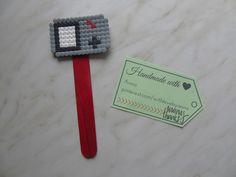 Bookmark midi hamabeads Game  Segnalibro midi hamabeads Game  #bookmark #heart #hamaboncuk #minions #hamabeads #fattoamano #segnalibro #hamaboncuk #boncuk #diy #pixelart #pyssla #evyapimi #elyapimi #minnions #hobby #hama #perlerbeads #perler #beads #handmade #perlerbead #hamabead #pixelbeads #handmadewithlove