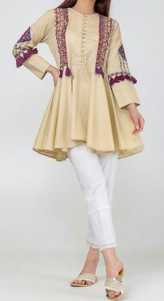 New Image : Pakistani fashion casual Pakistani Fashion Casual, Pakistani Dresses Casual, Pakistani Dress Design, Casual Dresses, Kurta Designs, Kurti Designs Party Wear, Stylish Dresses For Girls, Stylish Dress Designs, Frock Fashion