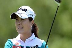 #Golf: #Lee, Masson share lead in #LPGA #Texas shootout  South Korea's Meena Lee fired a 10 birdies in a seven-under par 64 second round Friday to grab a share of the lead at the $1.3 million LPGA North Texas Shootout. Americans #Stacy #Lewis and #Natalie #Gulbis shared third on 135 with compatriot Christina Kim another stroke adrift. #Sports #Dunya #News