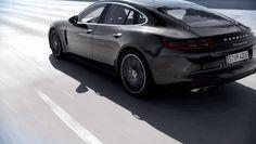 Nouvelle Porsche Panamera : aileron Transformers et cockpit futuriste
