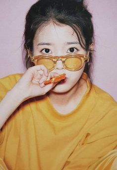 Top 10 Most Successful and Beautiful Korean Drama Actresses J Pop, Korean Beauty Girls, Korean Girl, Korean Idols, Fandom, Iu Fashion, How To Pose, Korean Actresses, Mellow Yellow