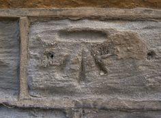 Cut Mark: Skelmanthorpe, 42 Elm Street     SE 23447 10719