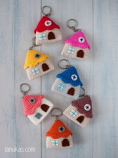 Keychain amigurumi little house by Lanukas on Etsy