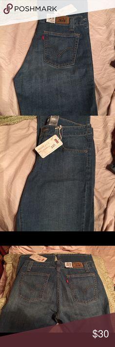 Levis misses dk blue 10 med 525 boot cut stretch Sits below waist * flat waistband * regular fit * boot cut NWT Levi's Jeans Boot Cut