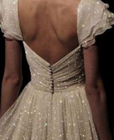 White, sparkly dress, elegant, back aesthetic glitter Pretty Dresses, Beautiful Dresses, Romantic Dresses, Elegant Dresses, Dress Up, Angel Dress, Fancy Dress, Glitter Dress, Glitter Clothes