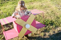 Some great costumes! DIY AIRPLANE COSTUME by Wills Casa, via Flickr