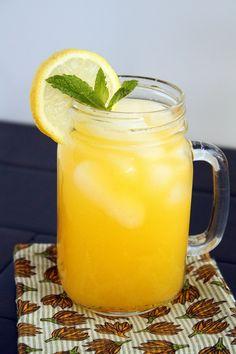Lemonade Mango Lemonade - Fresh sweet mango mixed into tart lemonade – the perfect beverage for summer!Mango Lemonade - Fresh sweet mango mixed into tart lemonade – the perfect beverage for summer! Refreshing Drinks, Fun Drinks, Yummy Drinks, Healthy Drinks, Healthy Recipes, Mango Drinks, Party Drinks, Mixed Drinks, Drink Recipes