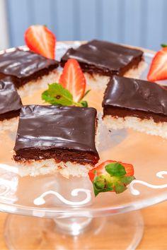 Pavlova, Cheesecake, Pudding, Food, Luxury, Cheesecakes, Custard Pudding, Essen, Puddings
