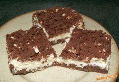 Strouhaný tvarohový koláč - babiččin recept - náš nejoblíbenější koláč :-)