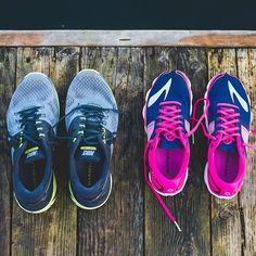 Longer days means it's time to bring out the new shoes and a fresh pair of #Superfeet. #daylightsavings #getoutside #runhappy #insoles
