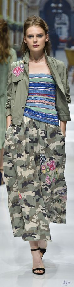 Spring 2017 Ready-to-Wear Yuki Torii International