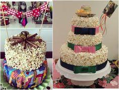 Pipocas também decoram bolos de verdade, ou bolos fakes que dão efeito à mesa! Crédito: confrariadochef.com