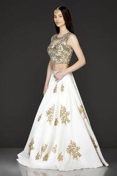 It can be customized. Buy Designer Collection Online : Call/ Whatsapp us on : +91-9924040197 #lehenga #USA #shopping #designer #sabyasachi #Swatimanish #navratri #sale #wedding #lehengas #chaniyacholi #lehanga #bollywood #manishmalhotra #shyamalbhumika #anitadongre #partywear #designerwear #Simple #design #fashion #style #beautiful #color #ethnic #vogue #pinterest #stylish #smart #blue #pink #red #white #yellow #embroidery #embellishment #trending #newcollection #curomoda #bridallehengastore Designer Bridal Lehenga, Bridal Lehenga Choli, Saree Wedding, Wedding Gowns, Bridal Lehenga Collection, Dress Collection, Designer Collection, Anarkali Dress, Pakistani Dresses