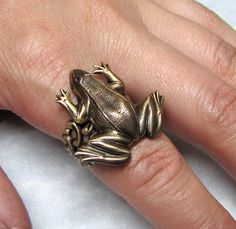 Forest Bull Frog Ring by ranaway on Etsy, $32.99