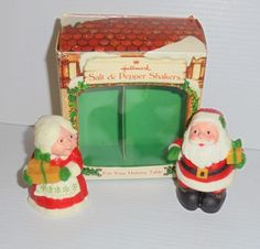Vintage-Hallmark-Christmas-Salt-amp-Pepper-Shakers-Mr-amp-Mrs-Santa-Claus