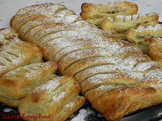 Sarokkonyha: Almás rétes French Toast, Food And Drink, Bread, Breakfast, Recipes, Ranch, Brot, Breads, Recipies