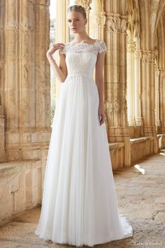 Raimon Bundo 2015 Wedding Dresses — Natural Bridal Collection | Wedding Inspirasi