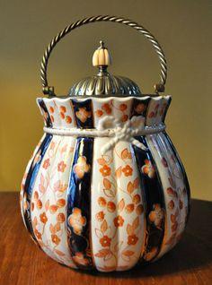 Imari Biscuit Jar British Porcelain 1888 w/Ivory Knob Biscuits, Orange Highlights, Twisted Metal, Tea Caddy, Biscuit Cookies, Chocolate Pots, Vintage Dishes, Ceramic Decor, Vintage Cookies