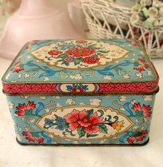 Petite Vintage Pink Rose Candy Tin by Somethingcharming on Etsy, $20.00