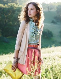 Soft color blocking with a vintage look