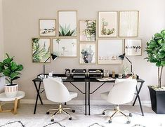 If you choose to make a home office, don't forget to put a lot of thought and details into the design. The idea is a home office that will provide home comfort with workplace functionality. Home Design, Home Office Design, Home Office Decor, Home Decor, Design Ideas, Office Designs, Office Ideas, Office Inspo, Office Style