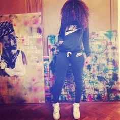 pants nike grey sweatsuit t-shirt shoes sweatpants sweater jacket grey hoodie jumpsuit nike sweater nike sweatpants Fashion Mode, Dope Fashion, Fashion Killa, Fashion Ideas, Teen Fashion, Winter Fashion, Nike Sweatpants, Sweat Pants, Nike Sweat Suits