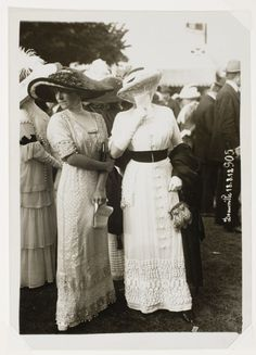 Seeberger Frères, [Two Unidentified Women, Deauville, France], August 18, 1912