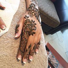 A close up of Mariam's henna. ♥️♥️ #henna #mehndi #heena #henne #mehandi #hennaart #hennaartist #safehenna #tattoo #bodyart #hennatattoo #londonhenna  #instahenna #hennalove #hennatattoo #hennadesign #londonhennaartist #indianbride #henna2016 #mehndi2016 #kiransahib #kiransahibhenna #indianbride #pakistanibride #indian
