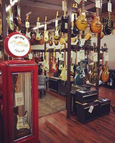 www.azemamusique.fr Fender Custom Shop #guitar #guitars #guitare #fender #fendertele #fendertelecaster #fenderstart #fenderstratocaster #customshop #fendercustomshop