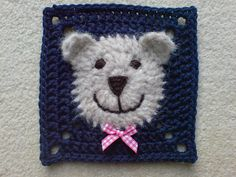 Free Fluffy Bear Face Square Pattern - would make a cute baby afghan!