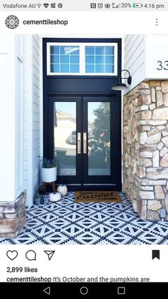 Thanks for sharing your gorgeous front porch with us Laura Glad to see we're not the only ones decorating for fall in 80 degree weather, 😉☀️🍂 Modern Porch, Modern Front Door, Barn Lighting, Sconce Lighting, Front Stoop, Dream Mansion, Themes Photo, Exterior Remodel, Porch Decorating