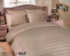 Cuvertura pat pentru doua persoane Hobby Diamond beige Beige, Diamond, Furniture, Home Decor, Decoration Home, Room Decor, Diamonds, Home Furnishings, Home Interior Design