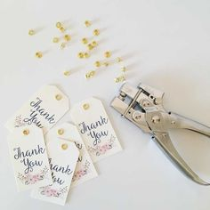 How To Make Paper, Make And Sell, Wedding Cards, Diy Wedding, Diy And Crafts, Paper Crafts, Thanks Card, Message Card, Jewelry Case