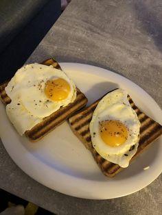 eine andere Art Toast zu machen Hot, Breakfast, Sweet, Fried Eggs, Cooking, Food Food, Morning Coffee, Candy