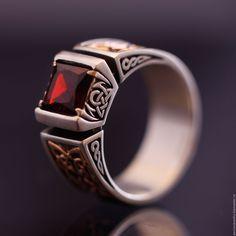 """Купить Серебряный мужской перcтень """"Fatum"""" - ярко-красный, перстень, перстень с камнем"""