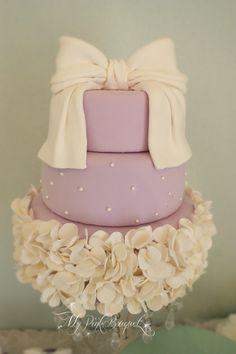 Lavender ruffle cake | MyPinkBouquet Blog