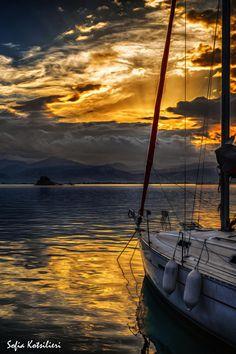 sunset....beautiful Nafplio!!! by Sofia Kotsilieri on 500px