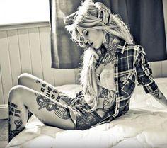 Sara Fabel #tattoos #model #tattoed