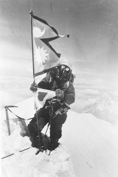 Junko Tabei, first woman to summit Everest // 1975